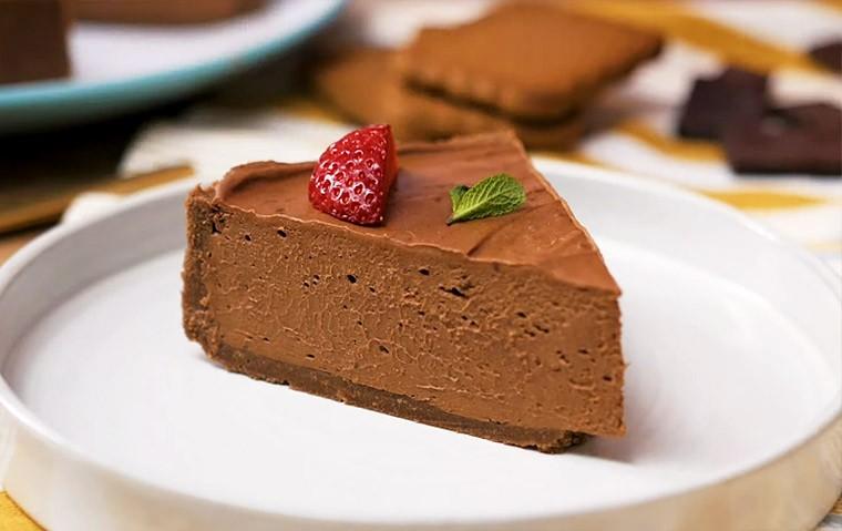 Готовим дома. Шоколадный чизкейк без выпечки.
