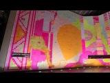 Galeria Melissa - animação feita com 350 mil folhas de Post It