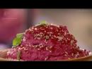 Кебаб (кюфты) из ягненка на гриле со свекольным хумусом