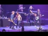 Bon Jovi и его дочь - JON BON JOVI DANCING WITH HIS DAUGHTER Las Vegas 2017.