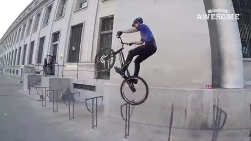 PEOPLE ARE AWESOME 2017 (Cycling Edition) _ Downhill MTB, Street Trials BMX Tric