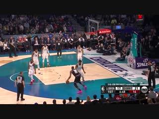 Kevin Durant DUNKS on LeBron James! Warriors vs Cavaliers January 15 ... ee1cff5cf
