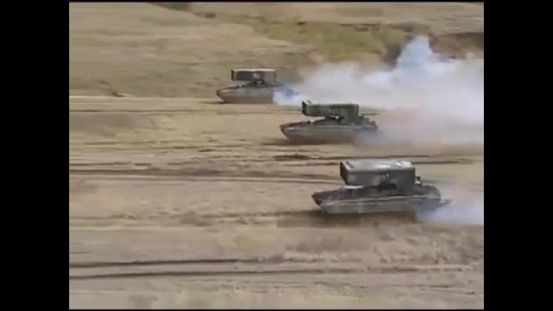 ТОС залпового огня на базе танка Т-72 «Буратино»