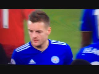 Is Vardy calling Claude Puel a knobhead here?