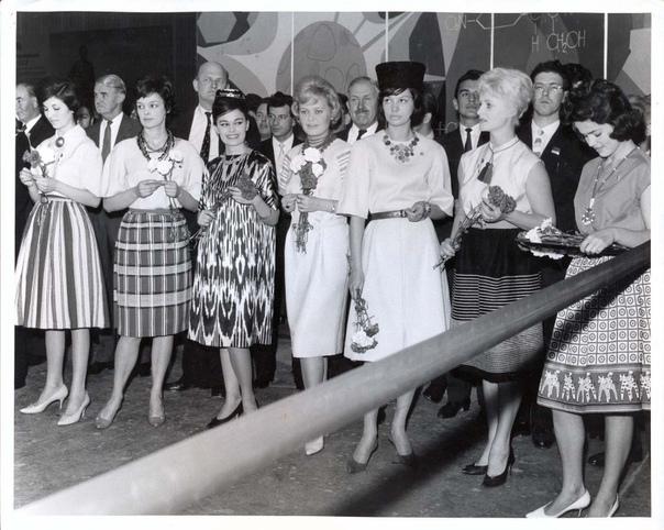 Советские манекенщицы в Лондоне 1961г.