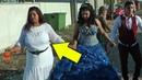 Beyaz Elbise İle Halay Başı Olan Hala Dikkat Çekiyor