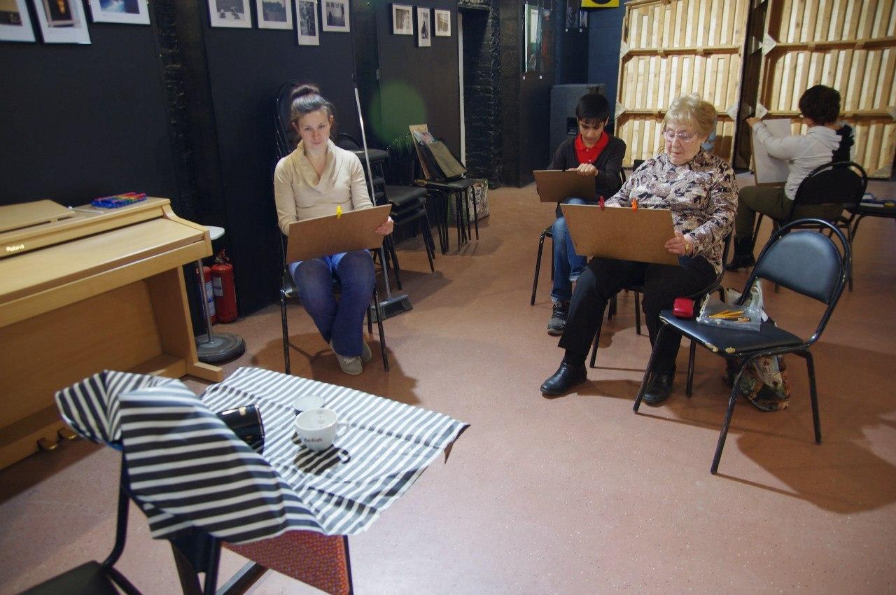 Жители Гагаринского района приглашаются на рисование