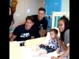 Юлиан и Максвелл навестили госпиталь