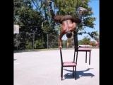 Тренировка со стульями