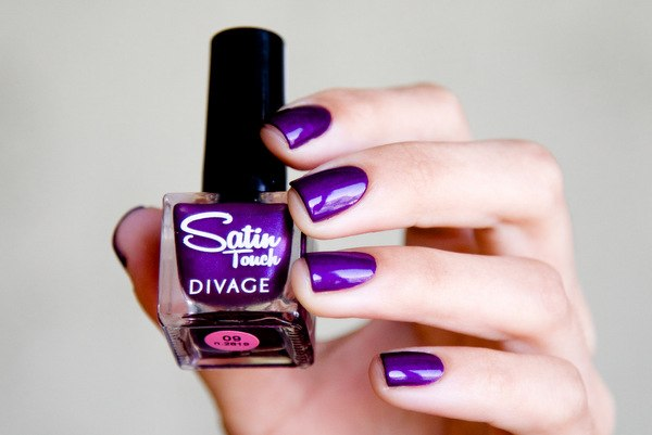Divage — Satin Touch 09