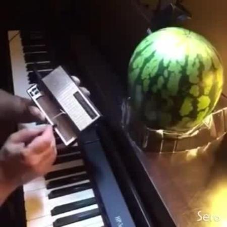 Kirbys Dreamland on Stylophone and Melon:)