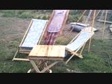 Небольшой раскладной стол для посиделок с друзьями