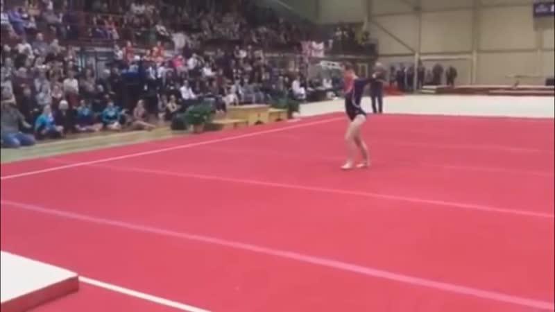 24-летняя гимнастка с синдромом Дауна - Челси Вернер