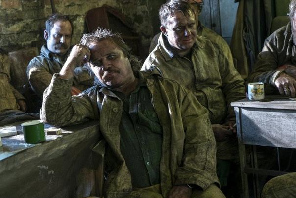 Рецензия на сериал «Чернобыль» Евгений НоринЯ досмотрел «Чернобыль». И да, я не стану забирать назад ни одно хорошее слово об этом сериале. Да, там есть несколько клюквенных моментов, и да,