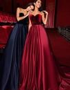 За долгие годы я осознал, что самое важное в платье – женщина, которая его носит.