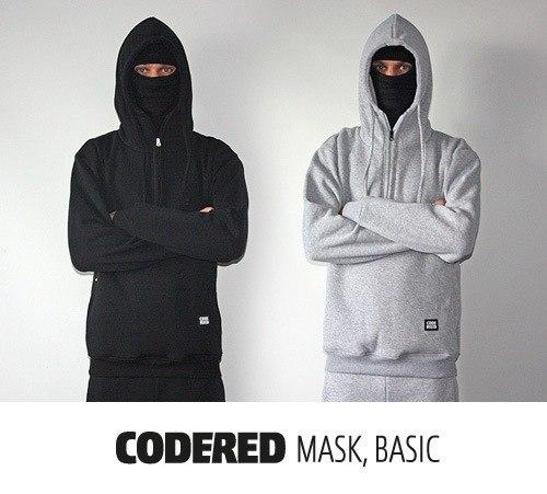 Кофта с маской