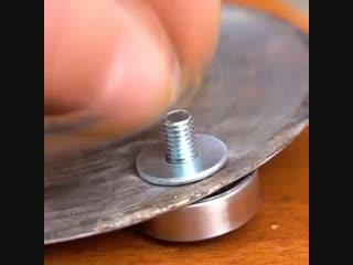 Самоделка больше для ребят которые работают с металлом