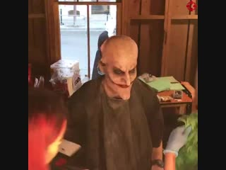 Turning into the joker takes over 2 hours each day for the warner bros festival of frights!