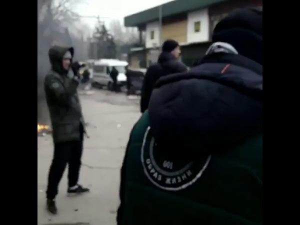 Проспект Металлургов Активисты против аптек торгующий наркотическими веществами без рецепта n