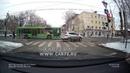 Нелепое ДТП автобус и Hyundai на перекрестке улиц Семакова и Ленина