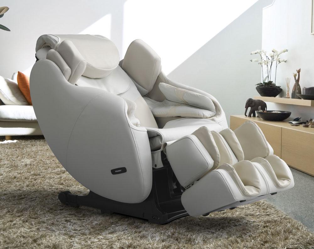 Массажные кресла содержат вибрационные электродвигатели, пластиковые ролики и нагревательные элементы для обеспечения снижения напряжения и снятия боли.