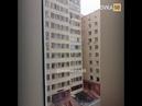 В Астане сосед поймал ребенка, выпавшего с балкона 10 этажа