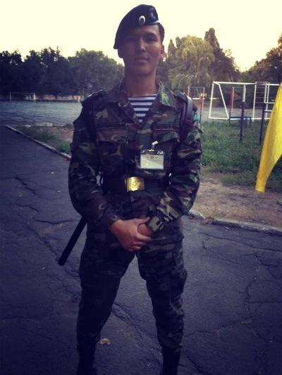 Темирлан Жузбай, 13 мая , Санкт-Петербург, id166620238