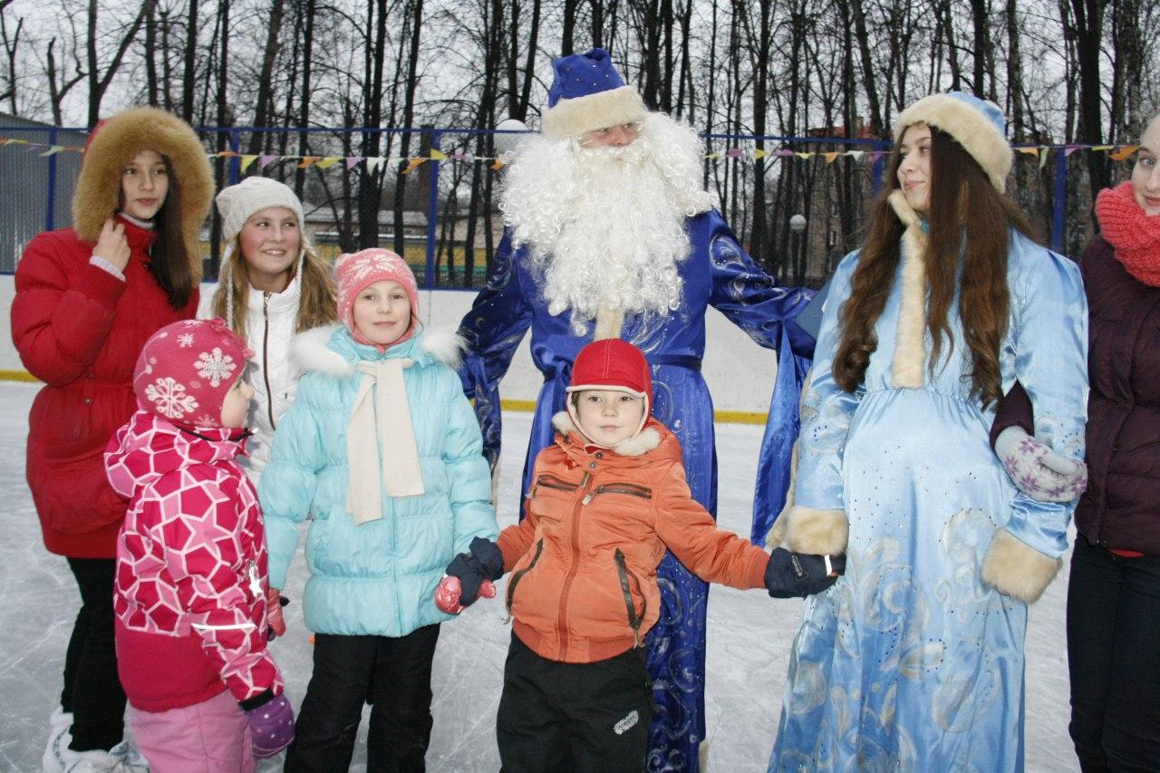 Праздничные концерты и спортивные соревнования проведут в Савеловском под Новый год