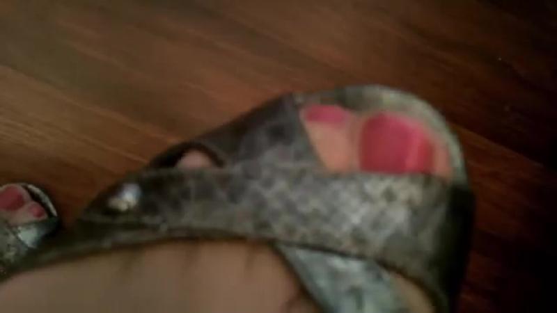 Close ups Sexy сексуальные эротические ноги стопы обувь колготки девочки мамаши школьницы студентки молодые