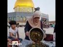 🌙 Ramadan Rupture du jeûne agréable sur l'esplanade autour du Dôme du Rocher à la Mosquée Al Aqsa By @alyateema