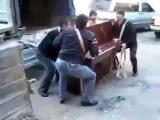 Грузоперевозки Черкассы. Как происходит погрузка рояля.
