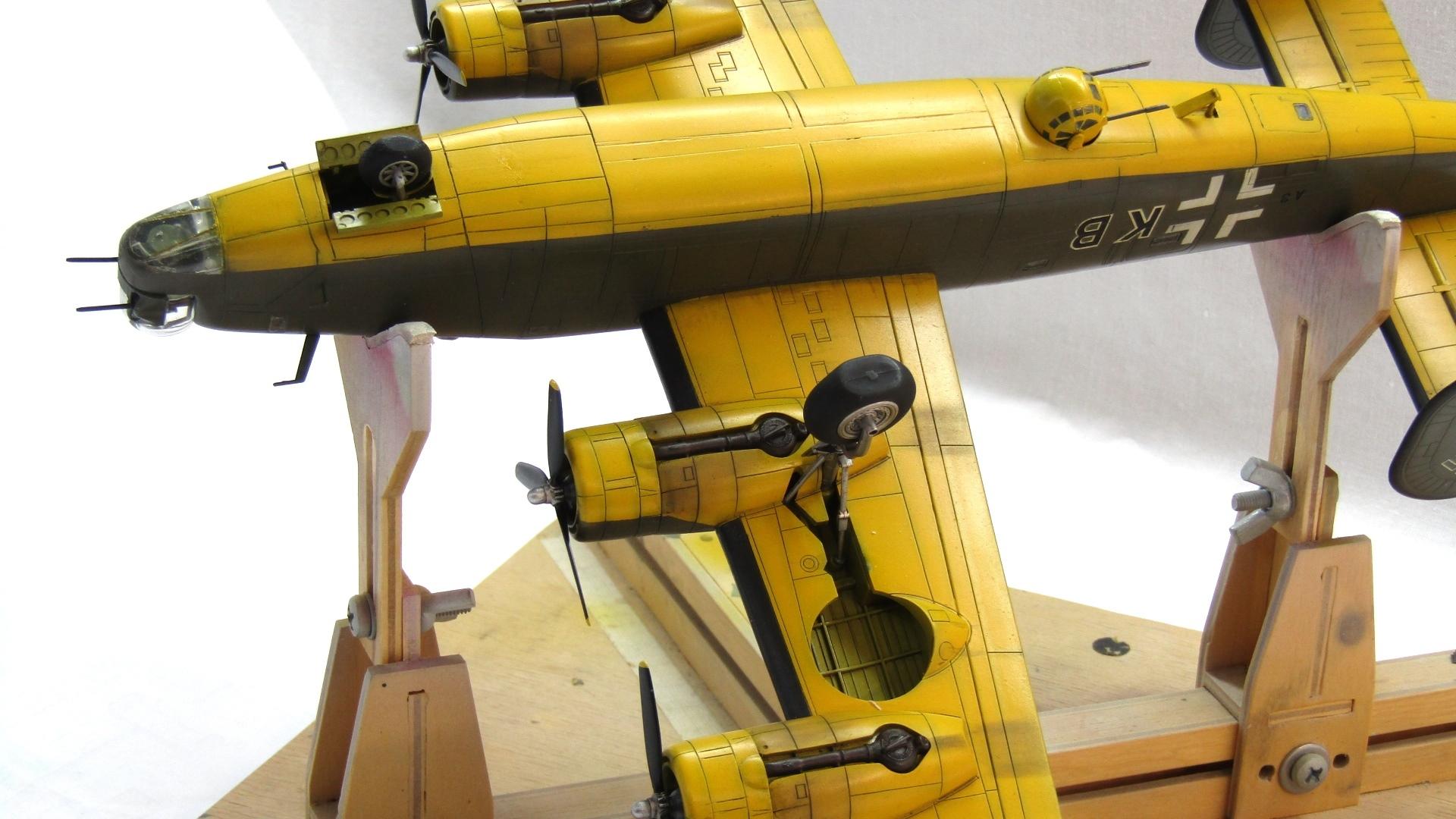B-24H Liberator 1/72 (Academy) 0lWlOArDDKc