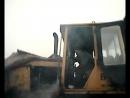 мой дед заводит трактор Б10М после ремонта