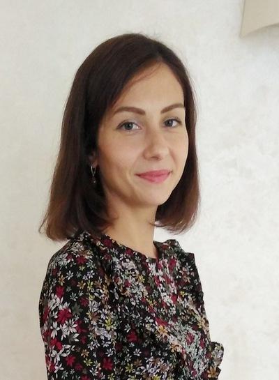 Анита Зернова