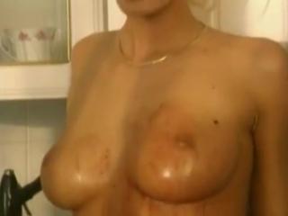 Anita_blond.