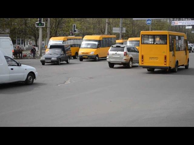 На перекреске Харьковская-Лушпы новый порядок движения
