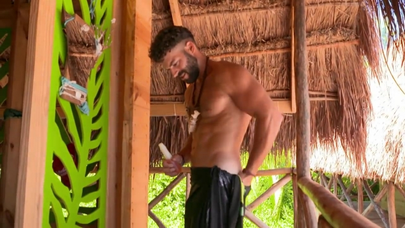 ¡Adrián nada desnudo en su balsa! _ Reto 4 Elementos, segunda temporada