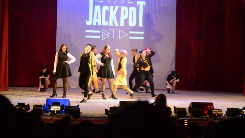01. BTD – JACKPOT (Block B cover), Саратов