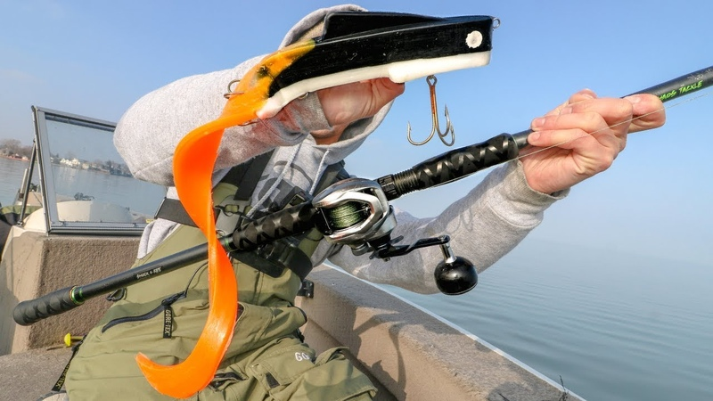 Casting ENORMOUS Baits For The Fish Of 10 000 Casts Lake Saint Clair Muskie Hunt