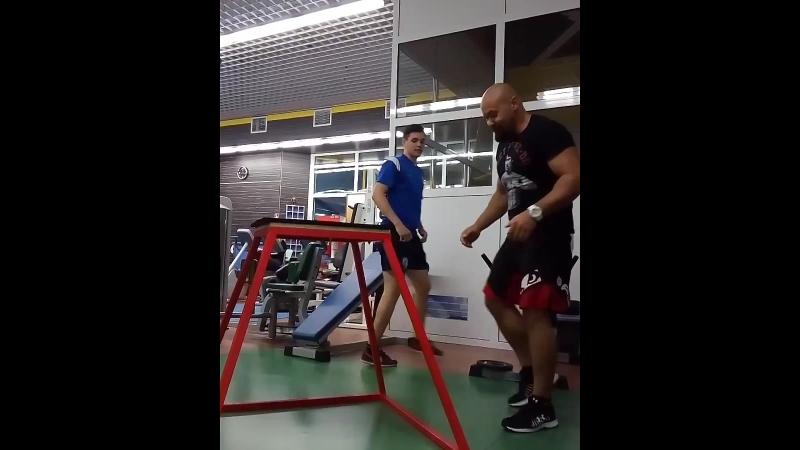 Прыжки на тумбу 🔩тренируем хоккеиста 💪функциональная тренировка 🏆