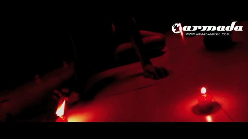 Chris Reece feat. Luciana Di Nardo - Still Breathin