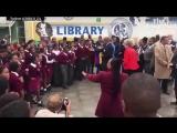 Нелепый танец премьер-министра Великобритании
