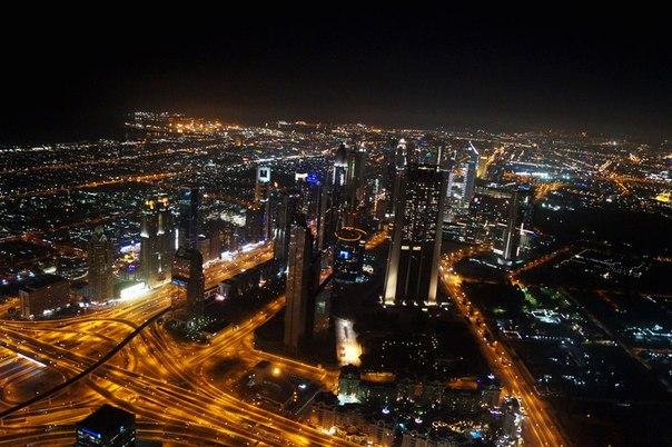 Вид на город Дубай свысок