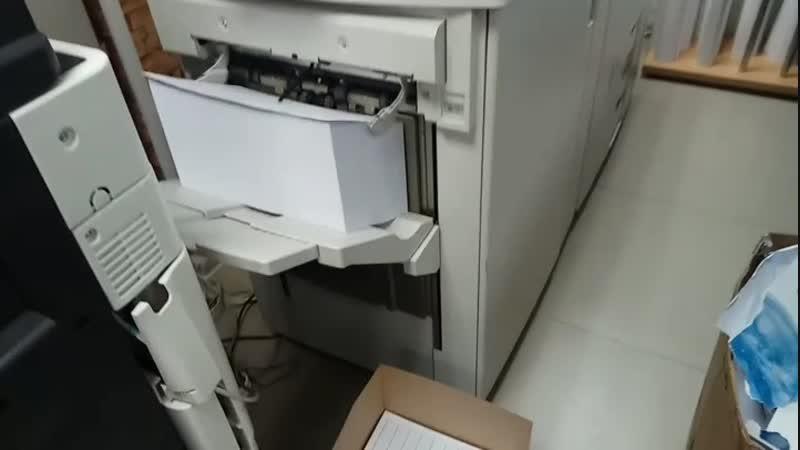 печать 15000 двухсторонних бланков для поликлиники.  🚩Скорость печати 136стр./мин.  ⏳ 4 часа непрерывной печати!