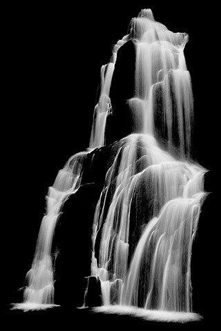 "Серия ""Waterfall"" от Simon Chaput."