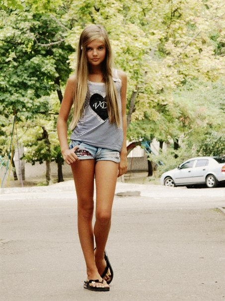 скачать фото красивых девушек 14 летних