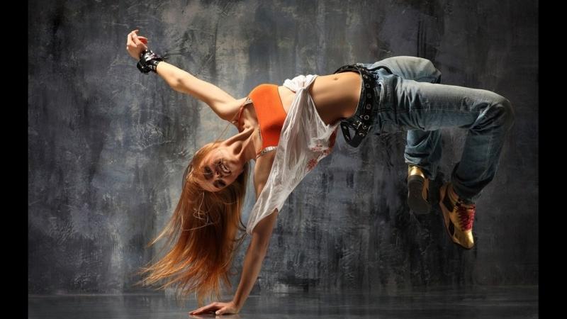 Best of bgirls | Break The FloorBomfunk MCs feat. Anna Nordell - Turn It Up.mp3