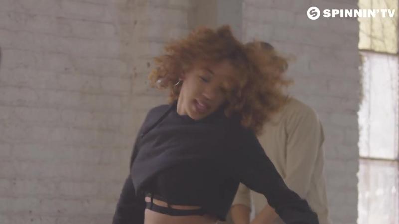 Breathe Carolina Dropgun Ft. Kaleena Zanders - Rhythm Is A Dancer (Official Music Video)
