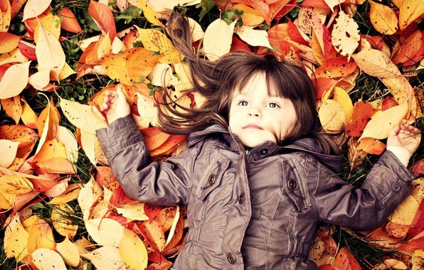 Картинки по запросу девочка осень