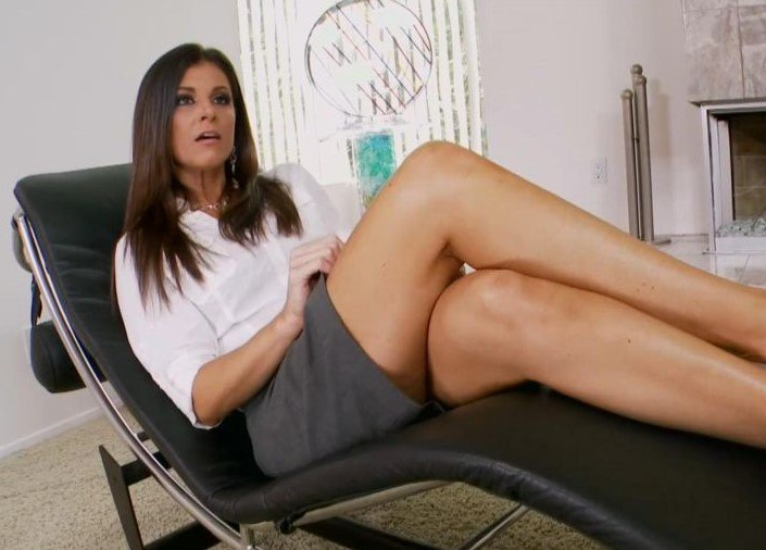 Sexy India Uses Her Feet To Milk Cock
